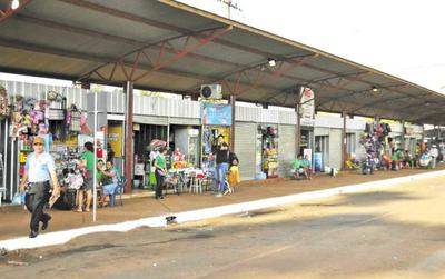 Constatan ocupación irregular de casillas en terminal del Km. 7