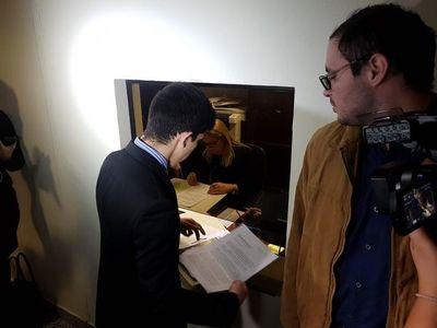 Sugestivo pedido de pérdida de investidura contra diputada Celeste Amarilla