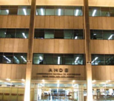 Abdo acepta renuncia de Ferreira y nombra a sucesor