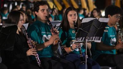 Cómo la música mejoró la calidad de vida de niños y adultos de Paraguay