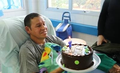 HOY / Paciente renal que aguarda trasplante celebró cumpleaños con el mejor regalo: la Ley Anita