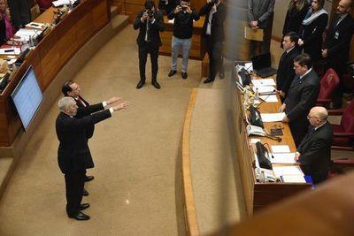 Finalmente, Rodríguez y Retamozo juraron como senadores