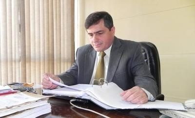 HOY / Exfiscal que investigó a poderosos es el nuevo ministro Anticorrupción