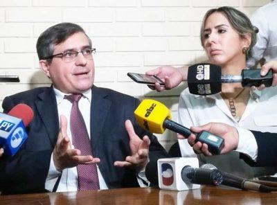 Mario Abdo nombra a fiscal Fernández al frente de Anticorrupción