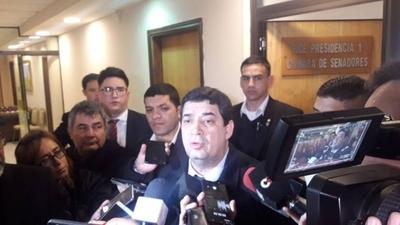 HOY / Velázquez apoya acuerdo de Itaipú y justifica exclusión de técnicos de la negociación