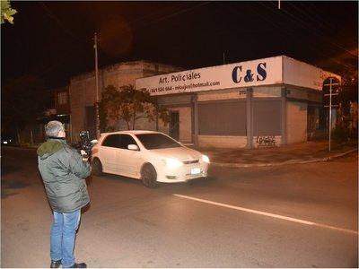 Asaltantes se llevan G. 30 millones de tienda de artículos policiales
