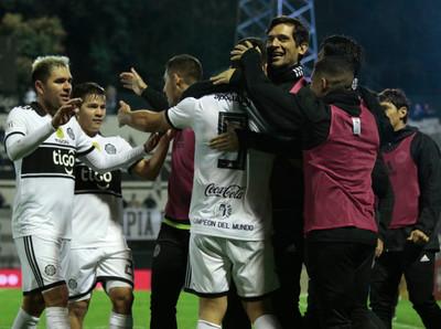 Olimpia ganó 2 a 1 a River Plate