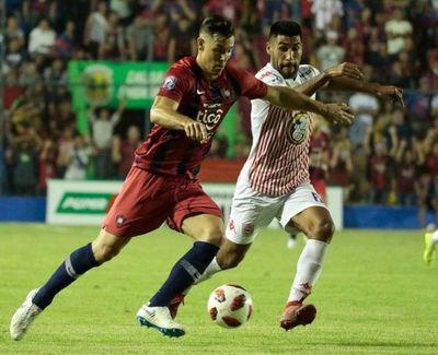 Ahora con el San Lorenzo paraguayo
