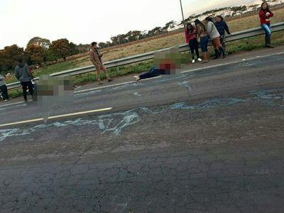 Dos heridos graves tras presunto accidente de tránsito