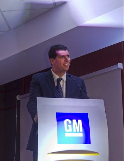 General Motors apunta a la cima del mercado