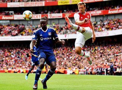 Liverpool y Arsenal caen ante Nápoles y el Lyon