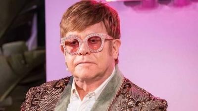 """HOY / Los 29 años sin alcohol, cocaína  y marihuana de Elton John: """"Era  un hombre destruído"""""""