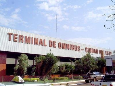 HOY / Jueza ordena devolver Terminal a Itá Paraná y Prieto envía turba al ataque