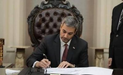 HOY / Ñane Energía, sin 'visto bueno' del Ejecutivo: Mario Abdo veta proyecto de ley