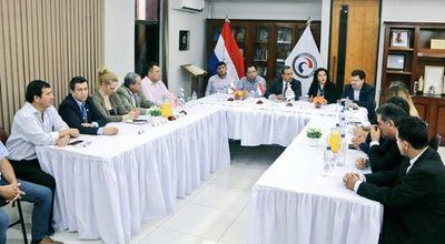 """Presentan proyecto para reactivar el turismo con el """"Tren del Lago""""en Areguá"""