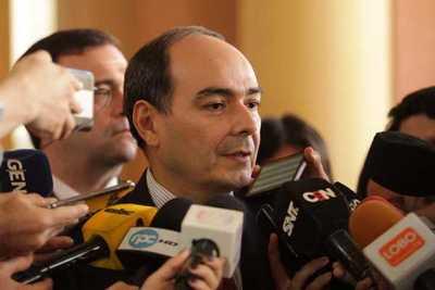 Canciller se reunirá el viernes con autoridades de Brasil