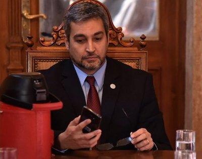 Senadores de Añetete se reúnen con Mario Abdo en medio de crisis por Itaipú