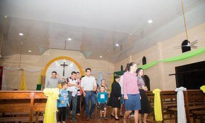 Renuevan techo de capilla en Franco