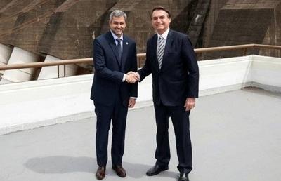 """HOY / Bolsonaro dijo que resolverán  crisis de Paraguay y de Abdo:  """"La relación es excepcional"""""""