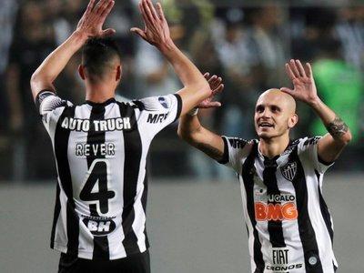 Mineiro vuelve a vencer al Botafogo y se clasifica a cuartos