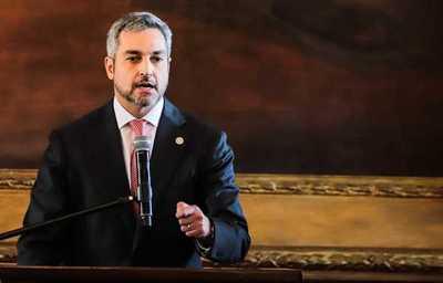 """Abdo agradece a quienes lo salvaron del juicio político y renovó compromiso de """"caiga quien caiga"""""""