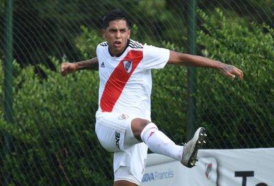 Juvenil viene a Olimpia desde River Plate