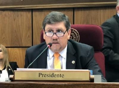 Blas Llano exige exige salida de consejeros de Itaipú e IPS