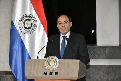 Gobierno conforma comisión asesora para revisión de Tratado de Itaipu