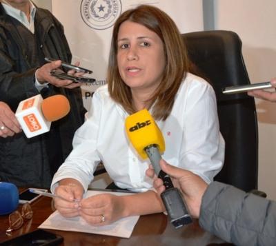 Viceministra trabajará para mejorar condiciones laborales de agentes penitenciarios