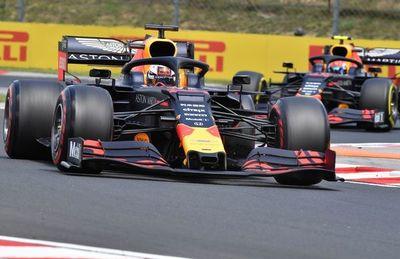 Verstappen firma su primera 'pole' en F1