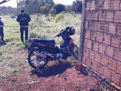 Encuentran moto que usó sicario de un funcionario de Aduanas
