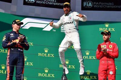 Hamilton gana en Hungría