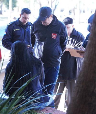 Funcionario municipal de CDE es detenido durante entrega vigilada