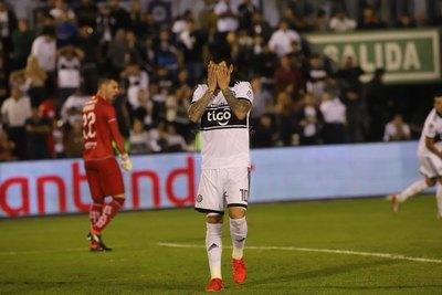 Olimpia pierde a cinco titulares ante Libertad