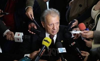 """HOY / """"Calé"""" dice no a juicio político y adelanta los pasos para la gobernabilidad"""