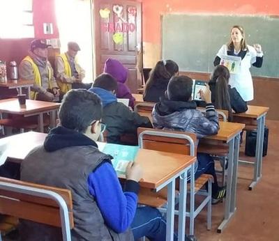 Realizan taller sobre hábitos saludables en Presidente Franco