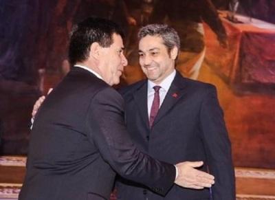 Abdo demostró debilidad al aliarse con Cartes, afirma diputada