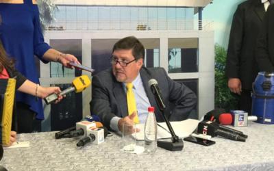 """HOY / Llano dice que quieren sacarlo de línea de sucesión: """"No me quita el sueño ser Presidente"""""""