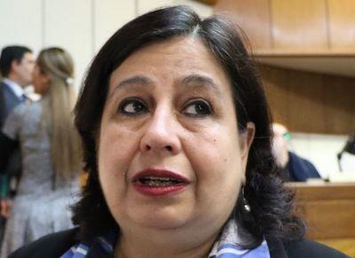 "Esperanza Martínez: ""Nos entregó al Brasil porque el acta se firmó"""