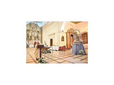 Arranca novenario en honor    a   la Virgen de la  Asunción