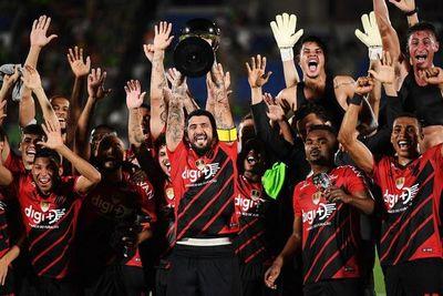 Paranaense conquista su primera Copa Suruga