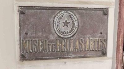 HOY / Roban placa histórica del Archivo Nacional