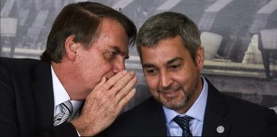 Bolsonaro operó para favorecer a su empresa con acta bilateral, afirma diputado brasileño