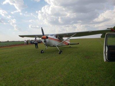 Hallan en Ñeembucú avioneta presumiblemente robada en Argentina