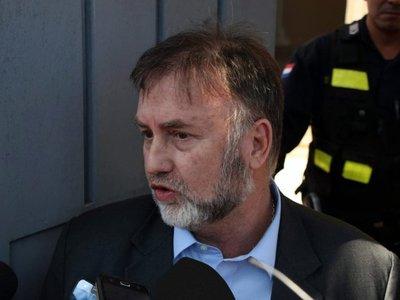Benigno se presenta ante Fiscalía y se desentiende del caso Itaipú