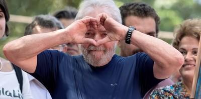 Suspenden traslado de Lula a una prisión de San Pablo