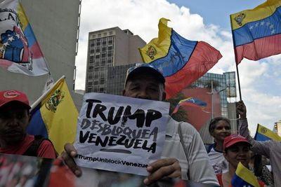 """Chavismo toma las calles en rechazo al bloqueo y """"agresión"""" de EE.UU."""