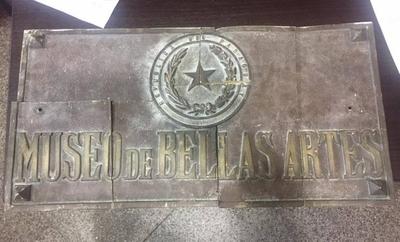 HOY / Recuperan placa histórica del Archivos Nacional