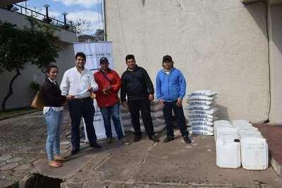 EBY entrega insumos a Junta de Saneamiento de Coratei-Ayolas