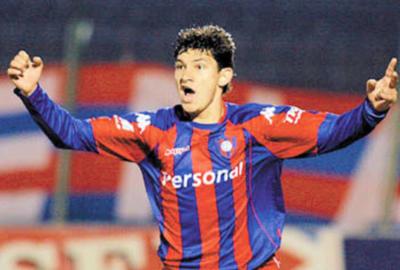 HOY / Esperó doce años para marcar un gol en el campeonato paraguayo